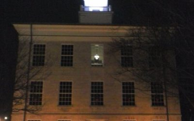 Batavia-Genesee County Lights Up Court House